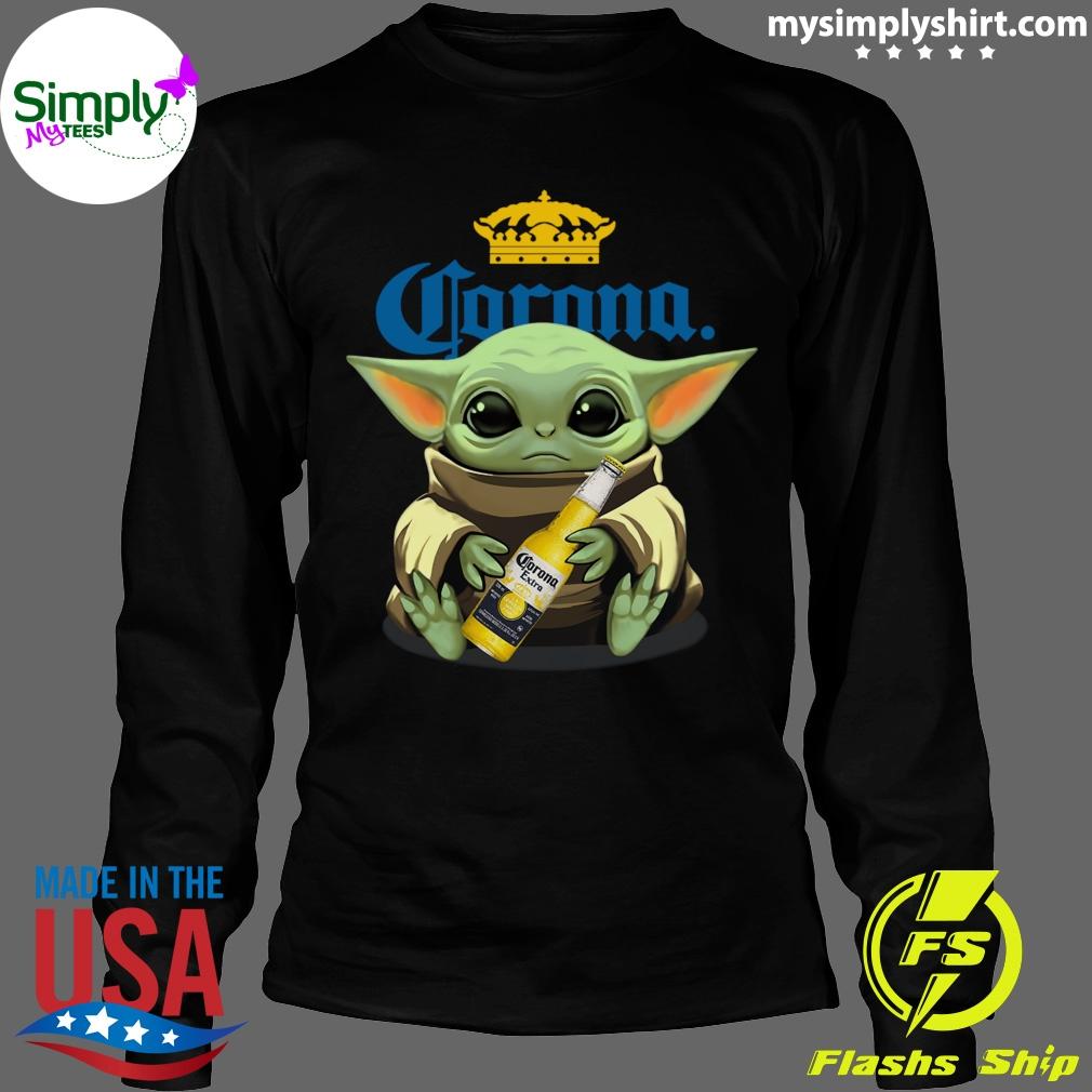 Baby Yoda Hug Corona Extra shirt Longsleeve black